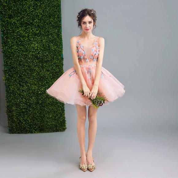 天使嫁衣 淡雅粉色仙透花朵伴娘小礼服新娘短款婚纱敬酒服233