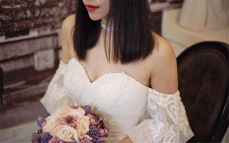 紫澜 春夏新款复古蝴蝶袖鱼尾,欢迎预约试纱