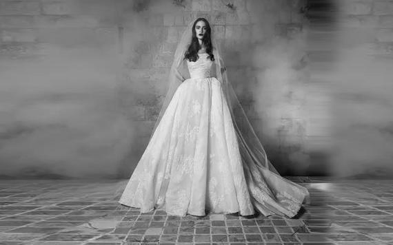 萝纱礼服 至尊长拖尾婚纱专场套组