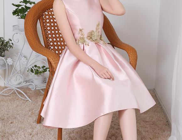 新款女式小礼服 粉色无袖伴娘礼服连衣裙 147