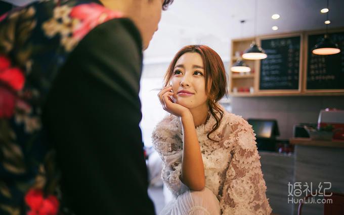 送微电影:双机双影像 拍摄剧情式动态MV婚纱照