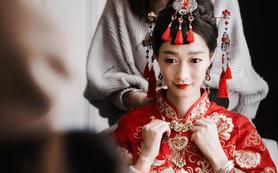 《VIKY新娘造型》资深化妆师全天跟妆+送妈妈妆