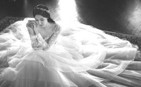 奢华婚纱礼服套系(三件)+婚礼全程跟妆|化妆总监