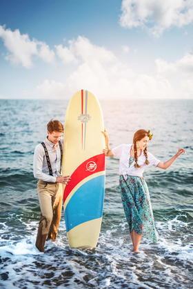 性感比基尼海边冲浪婚纱照