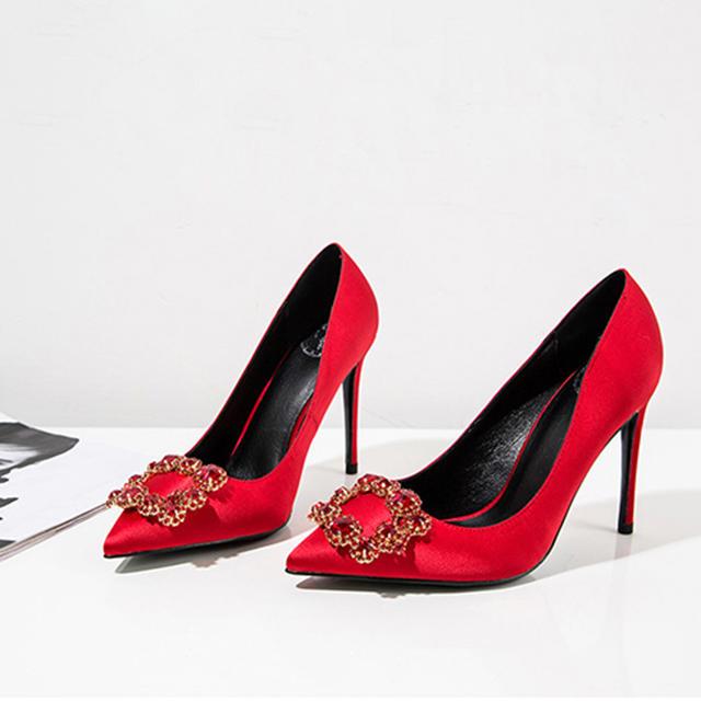 林心如同款绸缎真丝方钻细跟婚鞋
