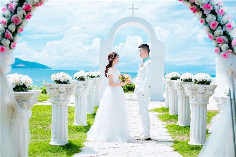 苏苏丽娅时尚海景婚纱照