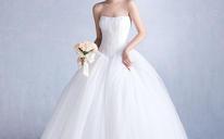 春夏季新款韩式抹胸齐地显瘦大码新娘定制结婚一字肩婚纱282