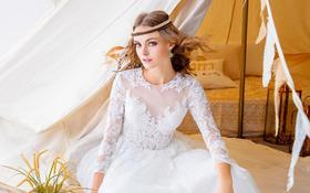 MODERN :  Rachel-俏皮蕾丝婚纱
