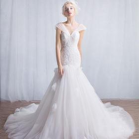 301新款春季时尚双肩小拖尾韩版一字肩新娘结婚收腰婚纱礼服
