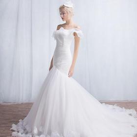 307新款春夏季新娘结婚单肩鱼尾显瘦简约花朵婚纱小拖尾