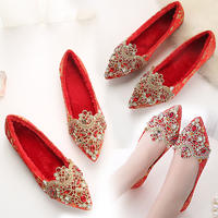 婚鞋女夏季新款2017韩版平底新娘红鞋女红色婚礼鞋水钻中式秀