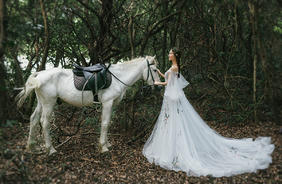 【纽兰视觉】--森系,马场婚纱照