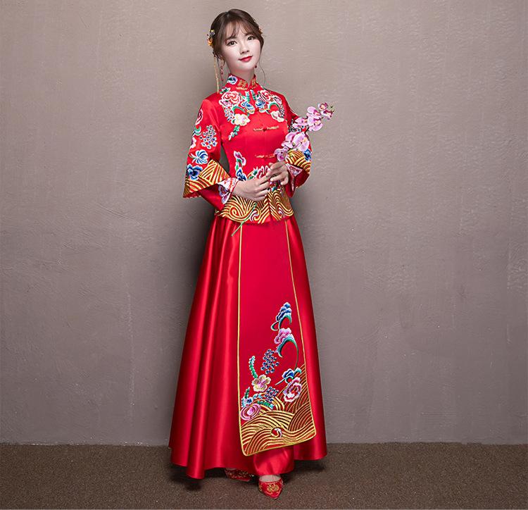 新款新娘嫁衣复古刺绣秀禾服龙凤褂中式婚纱礼服敬酒图片