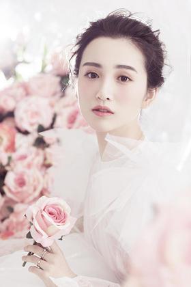 《香港卓美》——韩式唯美花墙系列婚纱照