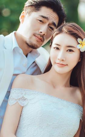 【私人定制】唯美草坪风婚纱摄影系列