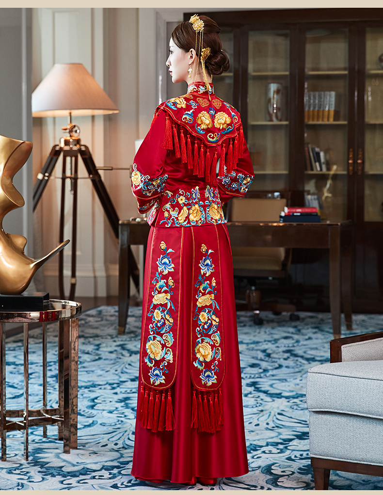 秀禾服新娘秋冬结婚中式礼服嫁衣复古婚纱红色流苏齐图片