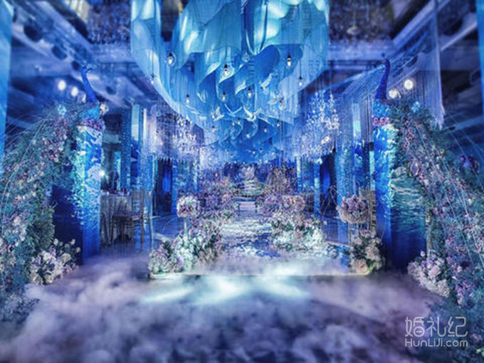 舞台主背景花海格调立体飘顶风格设计(8米x4米) 免费精美鲜花蛋糕台
