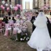 把小区草坪装点成粉色户外婚礼,2w搞定少女心满分