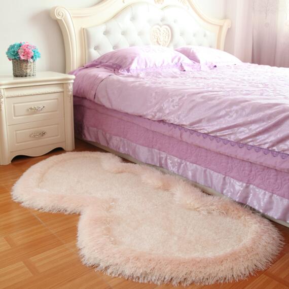 欧式可爱公主房心形弹力丝红地毯婚房装饰卧室加厚床边地垫
