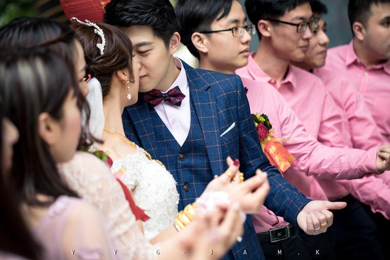 「婚礼摄像」默默的相伴,无声的挂牵