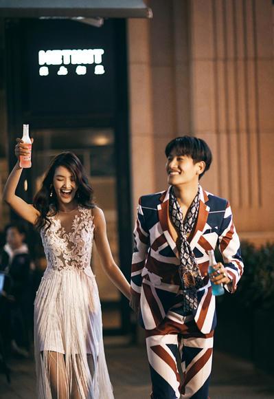 【薇拉国际】别具一格的特色夜景系列婚纱照