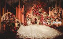 红色与金色的碰撞 轻度奢华的欧式范儿婚礼