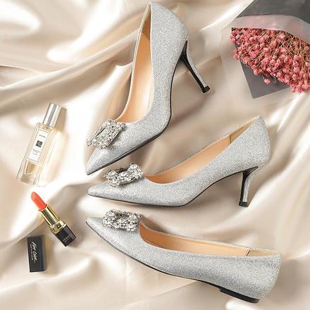 银色高跟鞋女春细跟尖头方扣单鞋女水钻婚纱鞋伴娘婚鞋女2017