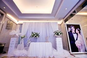 【皇室婚典 】—纯净至美·简约婚礼布置