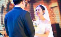 与你的眼神交错,你的微笑依旧恬静,让人舒心 婚礼纪实
