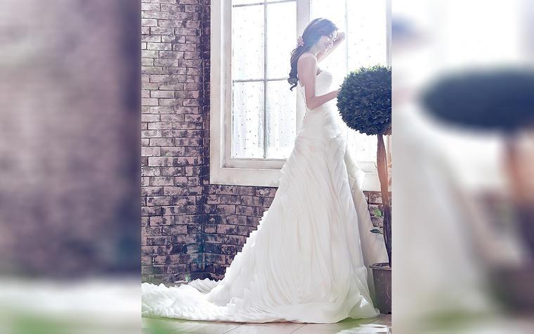 SaintDenis 新品拖尾婚纱