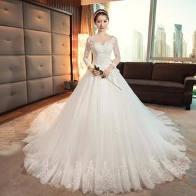 齐地婚纱礼服2018新款春季蕾丝v领长袖新娘结婚显瘦梦幻长拖
