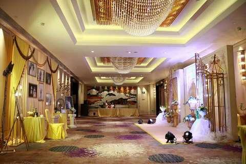 广州红丝一站式婚礼预定中心