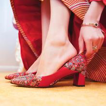 986新款新娘结婚鞋子秀禾服龙凤褂婚鞋女高跟粗跟红色6cm