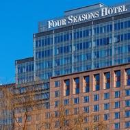 四 季 酒店