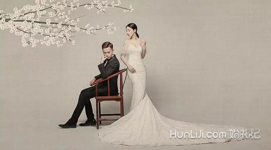 2018流行的婚纱照风格图片
