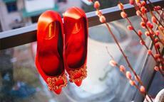 伴娘要穿什么鞋 婚礼伴娘穿鞋注意事项