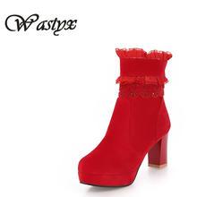 缇语萱婚鞋 秋冬新款短靴女高跟粗跟防水台蕾丝性感女靴红色婚鞋
