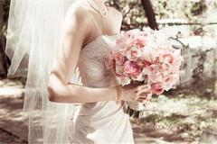 伴娘接到手捧花之后的祝福语