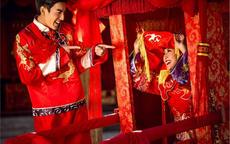 中式婚礼新娘几套衣服  中式婚礼新娘服装如何搭配