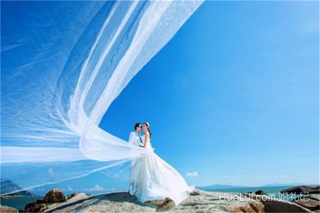 拍婚纱照大概多少钱_三亚拍婚纱照要多少钱