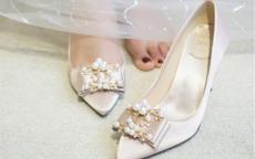 婚礼穿什么颜色的鞋