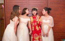 朋友婚礼穿什么女生穿衣搭配