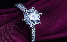 莫桑钻多少钱一克拉 莫桑钻和钻石的区别