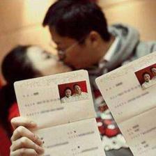 照结婚照有什么要求    结婚证件照穿着和发型要求