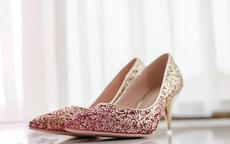 婚鞋可以是粉色的吗