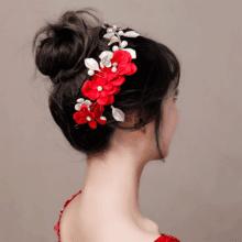 2018新娘头饰发饰仙美结婚配饰品红色头箍礼服发箍手工花瓣发