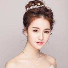 新娘头饰2018新款日韩式皇冠项链三件套装婚纱礼服配饰发箍