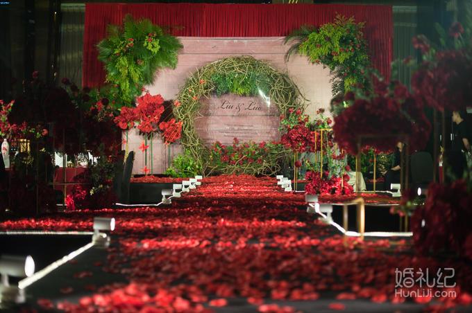 【暖冬爆款】艾薇儿婚礼红黑套系