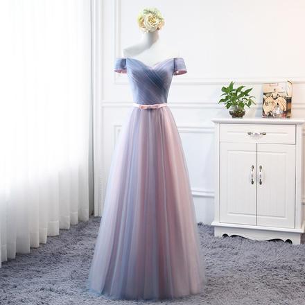 韩式粉蓝渐变轻柔纱伴娘服