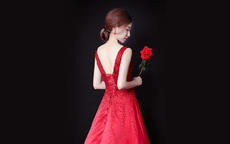 结婚敬酒服一定要红色吗
